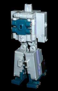 デストロン 参謀 モーターマスター ロボットモード