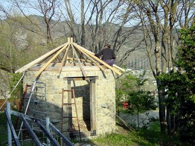 小屋工事 2003-04-29 4-48-13