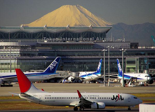 羽田空港から富士山