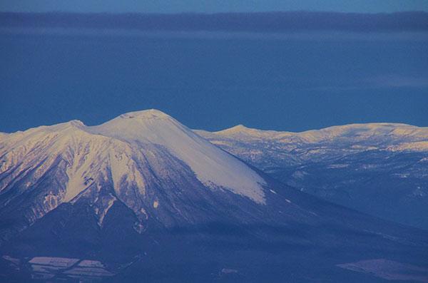 滝沢村上空から裏岩手連峰