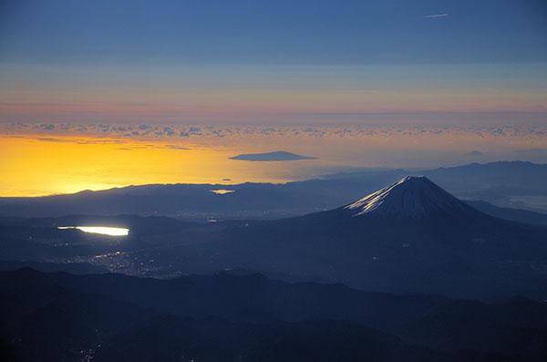 韮崎上空から富士山