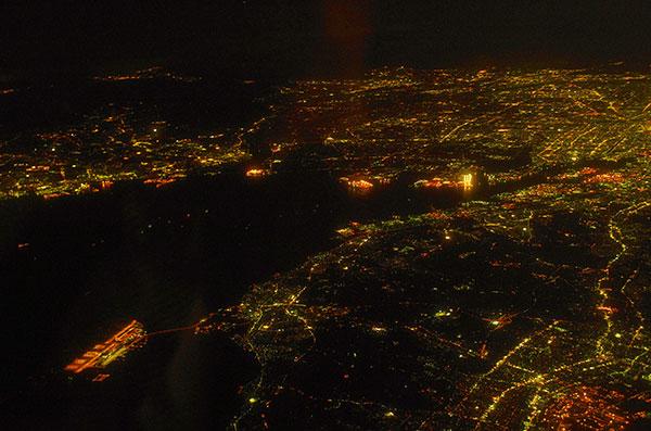 知多半島上空から名古屋の夜景