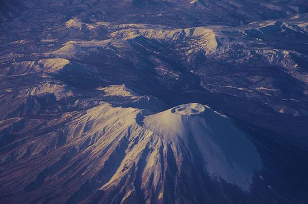 盛岡上空から裏岩手連峰