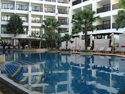 mercure pool