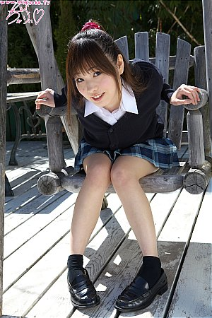 Minisuka-tv-20110322-Regular-Gallery-Kei-Suzukawa-Vol-01.jpg