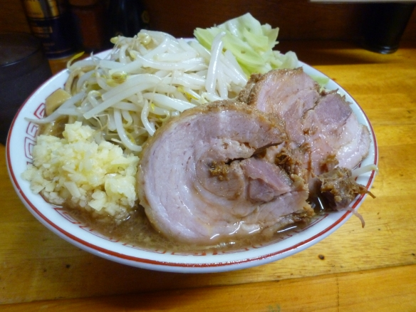 12年7月25日 豚親分 ラーメン小 ニンニク うどん麺