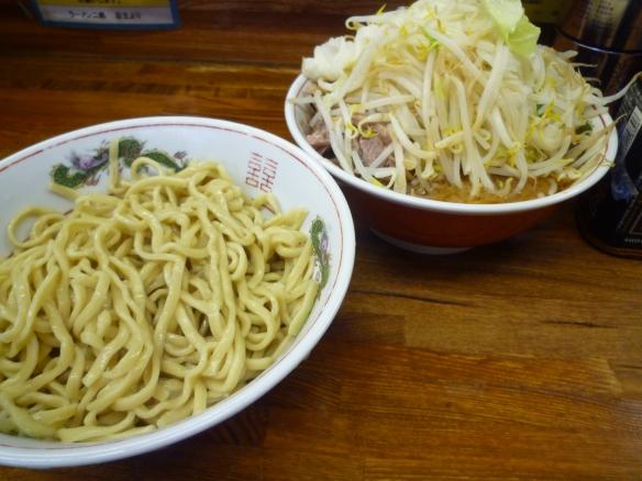 12年8月26日 小金井 小つけ麺 ヤサイニンニク 麺少な目