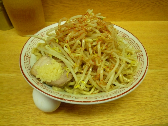 12年9月1日 代田 汁なしピリ辛麺 若鶏たまご ヤサイニンニク