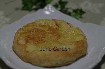 リンゴパンケーキ