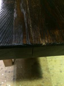 ダイニングテーブルの修繕(ビフォー2)