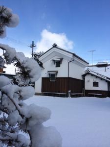うの家、雪景色