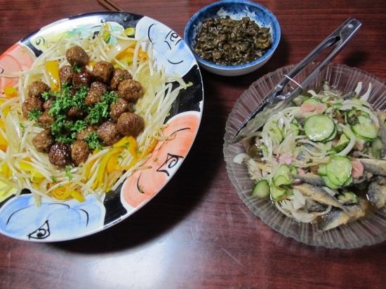 マメアジの酢のもの,ミートボール野菜炒め添え
