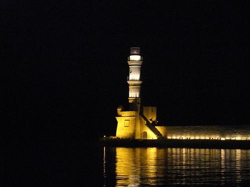 ハニア_夜の灯台