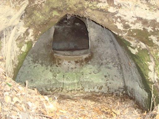 宮ノ前横穴墓群棺室