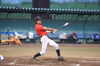 130727野球04-2回裏乙川選手先制ホームラン