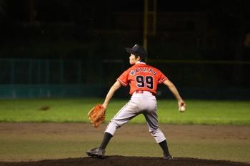 130727野球12-瀧川選手がマウンドへ