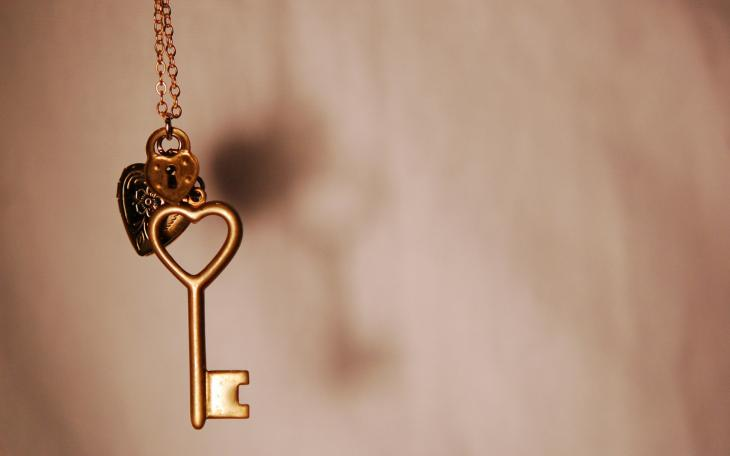 Key-love-31501490-1440-900.jpg