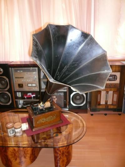 エジソン・スタンダード・フォノグラフ(エジソンのロウ管式蓄音機)