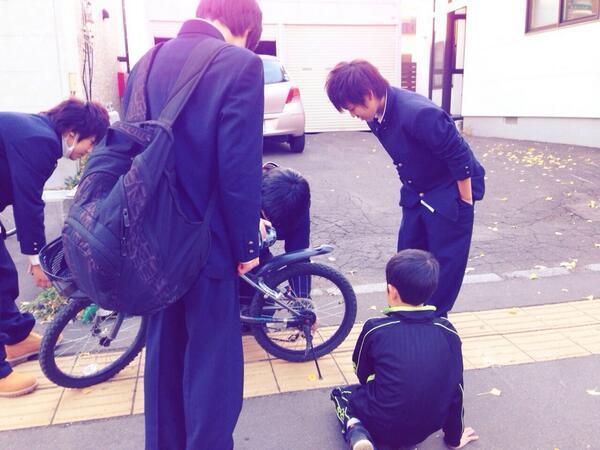 BX_LcsaCUAEH46t.jpg