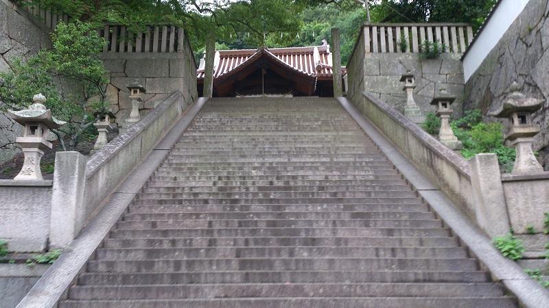 御袖天満宮へ続く階段