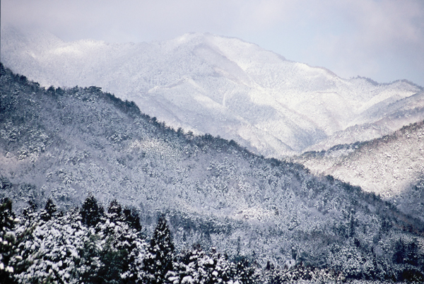 【雪景色】1 匹見の山々