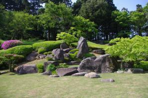 たぶん雪舟のお庭ではない大麻山神社庭園
