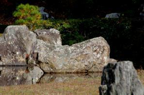 常栄寺の船石