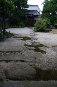 市松模様の飛石