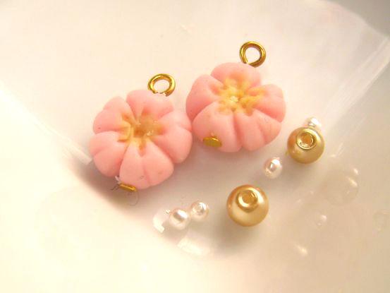 桜の練りきりピアス1