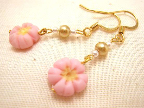 桜の練りきりピアス2