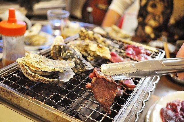牡蠣小屋 三丁目食堂