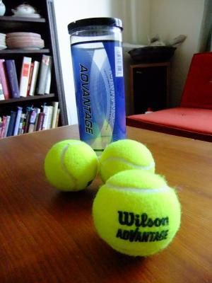 tennis+balls_convert_20120716145300.jpg