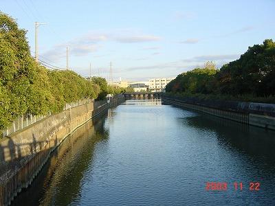 庄下川下流水門付近