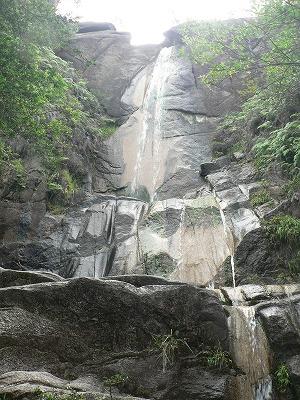 湖南アルプス01落ヶ滝です