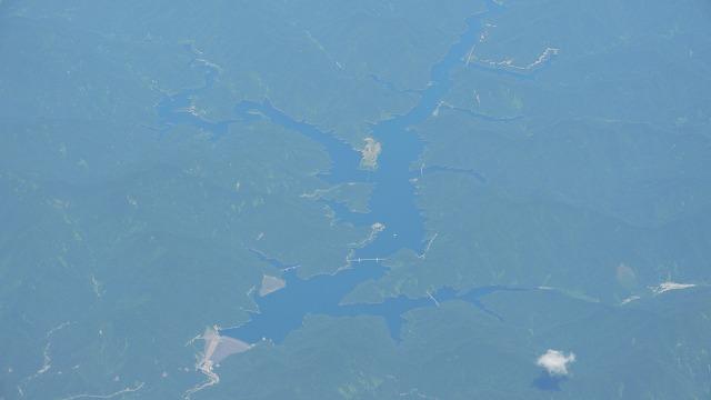 上空から見た徳山ダムです