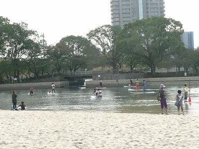 水面での遊びも提供されました