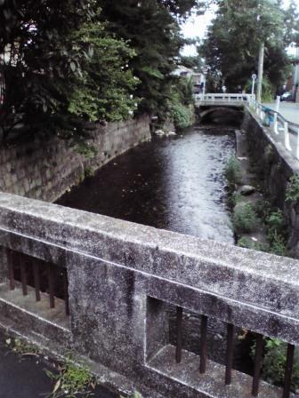 五条楽園 川