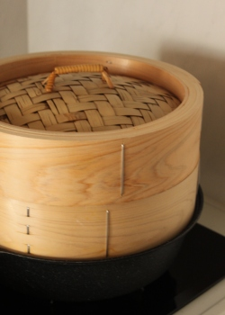 30cmの檜の蒸篭