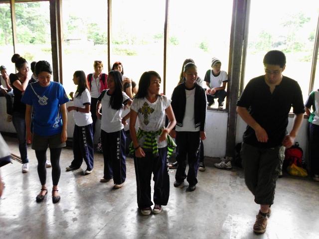 植林後半ダンス (3)