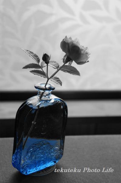 201206水色の花瓶