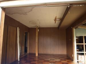 20130925寝室天井抜き-1