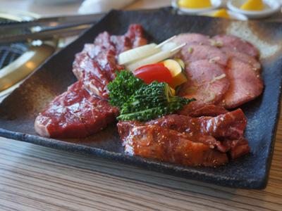 ここはお肉です。