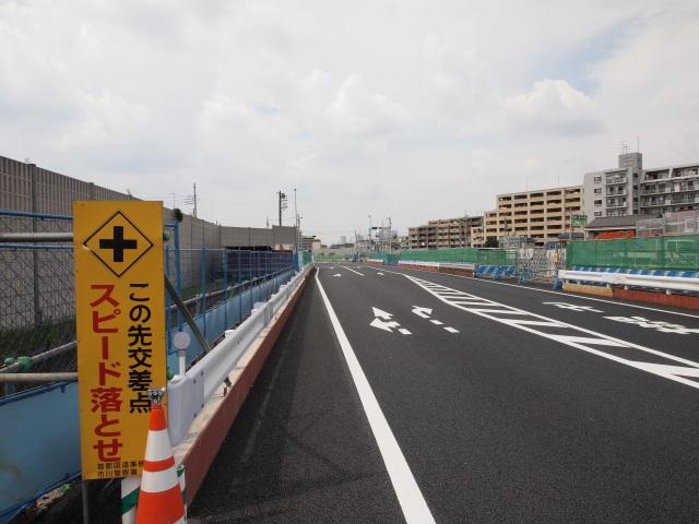 京葉JCT方面。道路が新しい気がします。