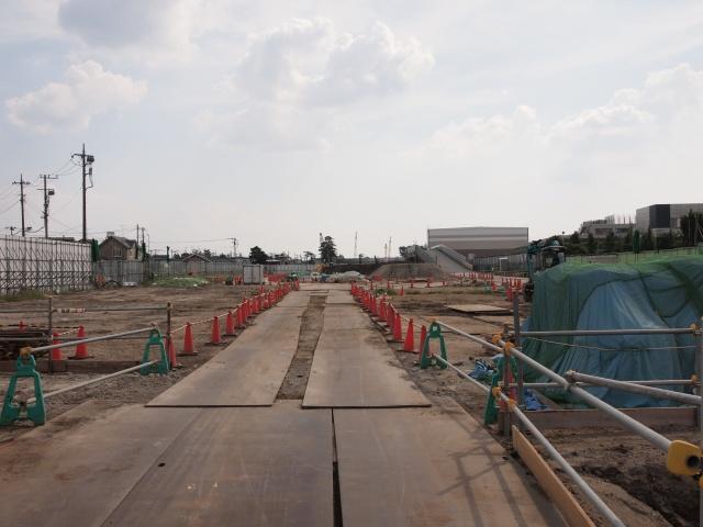 真間川から京成方面。この辺は掘削がまだのようです。
