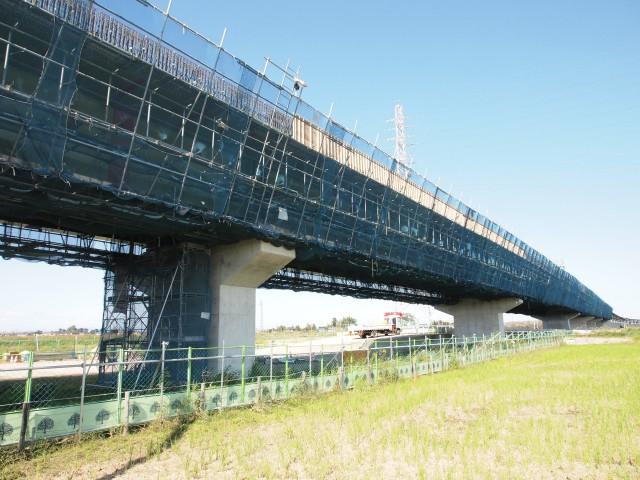 伊勢崎線を越えたところの太田袋。なんか工事は止まっている感じです。