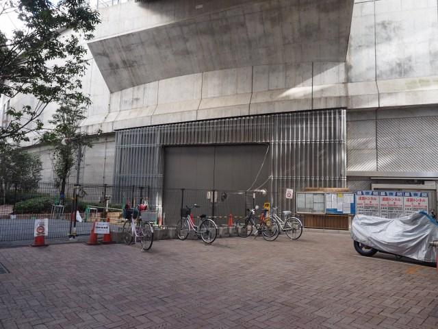 大橋JCT内の工事用出入口。年末年始はお休み。