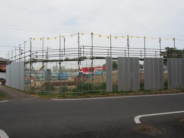 上越新幹線の高架下から菖蒲PA方面。