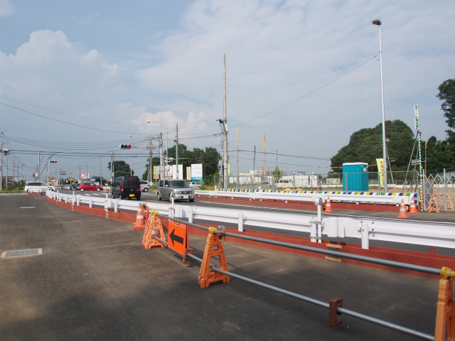 川越栗橋線側から菖蒲PA方面。