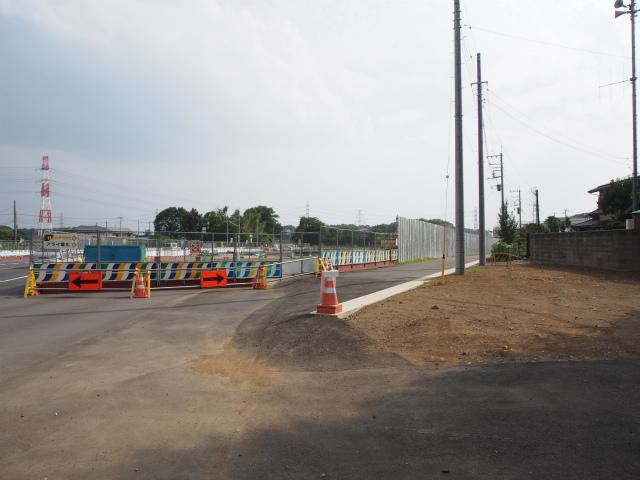 桶川高校入口交差点から、桶川インター方面。
