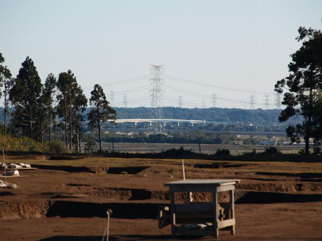 拡大。圏央道利根川橋が見えます。